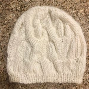 Aeropostale Slouchy Cream Cable Knit Beanie Hat